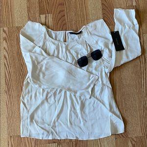 ❤️ Zara satin NWT blouse